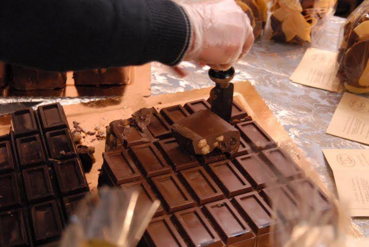 festa_del_cioccolato_2009_volterra_a_gjpg.jpeg