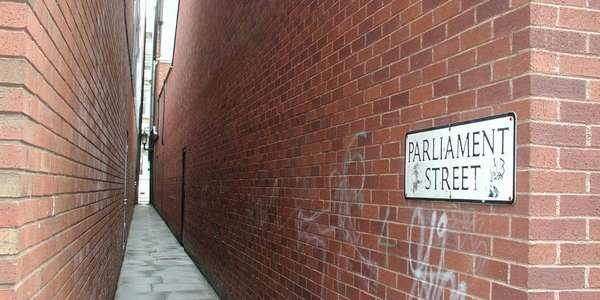 strade_strette_mondojpg.jpeg